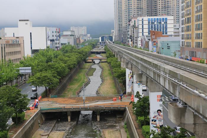 13.5.28 도시철도 3호선 공사중