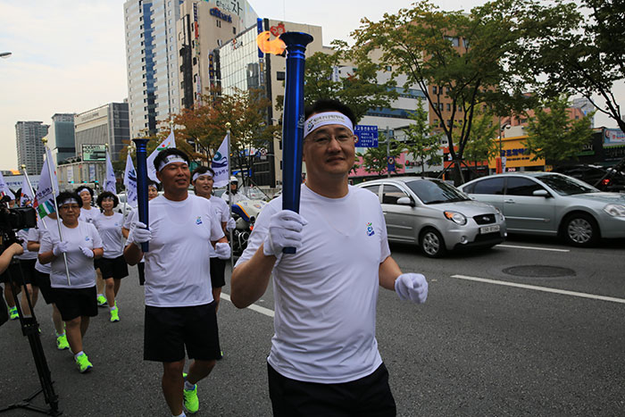 13.9.28 제33회 전국장애인체육대회 성화출발