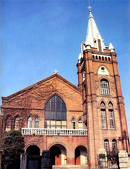 가을날의 제일교회
