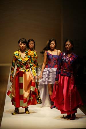 패션쇼 아트섬유전시회11