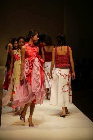 패션쇼 아트섬유전시회14