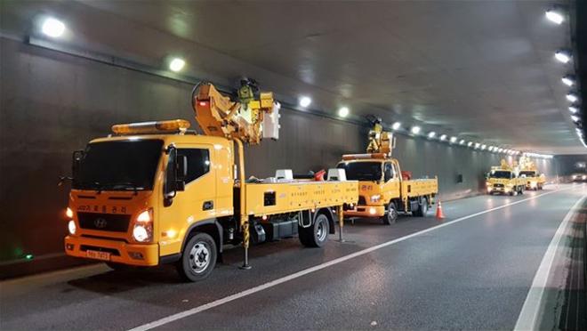 대구시설공단, 자동차전용도로 가로등 야간 정비 대대적 실시