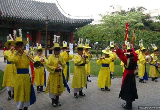 경상감영 풍속재연행사, 관광을 품고 2.28공원까지