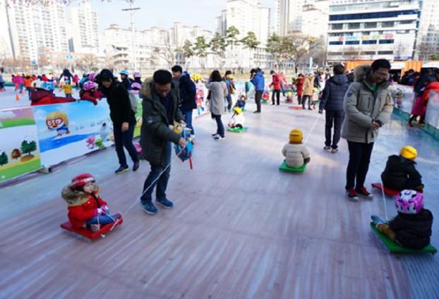 올 겨울 '신천 스케이트장' 으로 놀러 오세요!