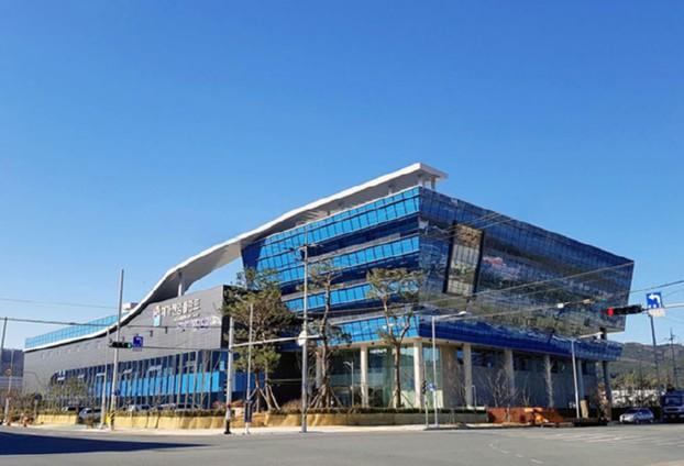 (주)메가젠임플란트, 자동화 공장 및 연구소 준공