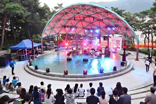 숲속공연장에서 즐기는 시원한 인디음악 축제 - 인디밴드콘서트 락락락/ 대구 공연