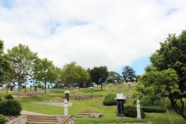 호국보훈의 달 가볼만한 곳 3곳 :: 국립신암선열공원/앞산 충혼탑/낙동강승전기념관
