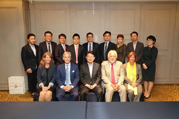 권영진 시장, 미 최대가족기업 '리치사' 회장 면담