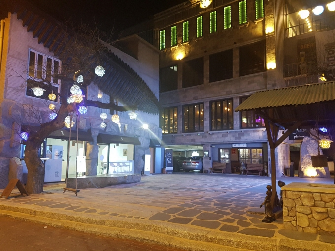 동성로 카페(식당) 야간상설공연 장소